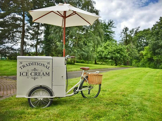 Ice cream bike hire for weddings