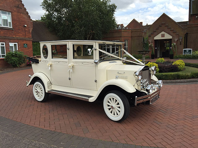 Imperial Landaulette Wedding Car outside view